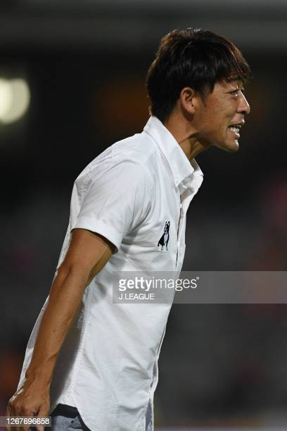 Head coach Takahiro Shimotaira of Yokohama FC during the J.League Meiji Yasuda J1 match between Shimizu S-Pulse and Yokohama FC at IAI Stadium...