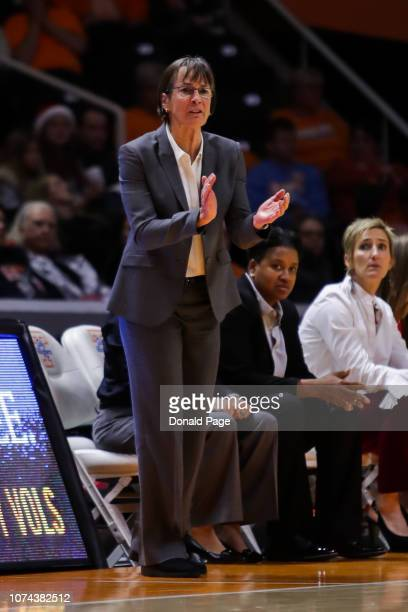Head coach Tara VanDerveer of the Stanford Cardinal claps during the game between the Stanford Cardinals and the Tennessee Lady Volunteers at...