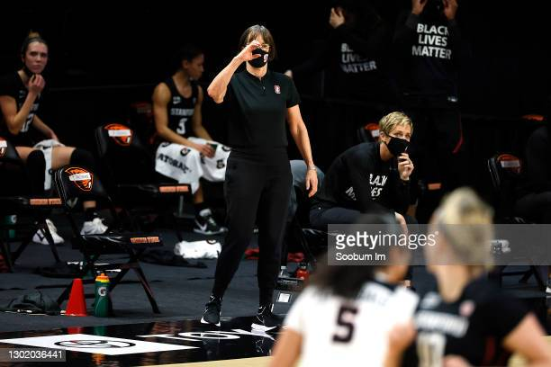 Head coach Tara VanDerveer of the Stanford Cardinal gestures from the sideline during the first half against the Oregon State Beavers at Gill...