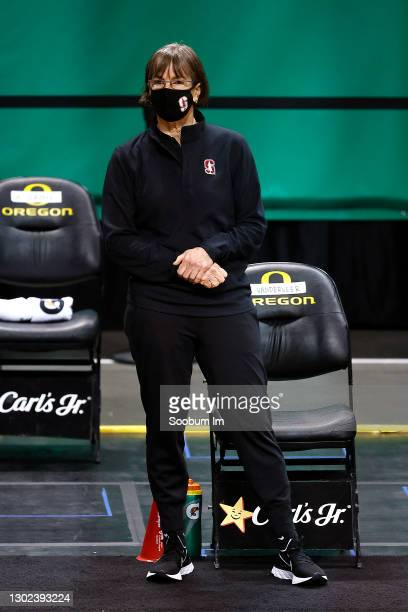 Head coach Tara VanDerveer of the Stanford Cardinal looks on during warmups before the game between the Oregon Ducks and the Stanford Cardinal at...