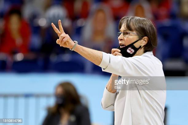 Head coach Tara VanDerveer of the Stanford Cardinal motions against the Arizona Wildcats in the National Championship game of the 2021 NCAA Women's...