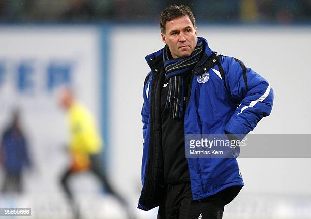 Head coach Thomas Gerstner of Bielefeld is seen during the Second Bundesliga match between FC Hansa Rostock and DSC Arminia Bielefeld at the DKB...