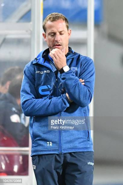 Head coach Thomas Sageder of FC Linz gestures during the 2 Liga match between FC Blau Weiss Linz v FC Liefering at TGW Arena on September 28 2018 in...