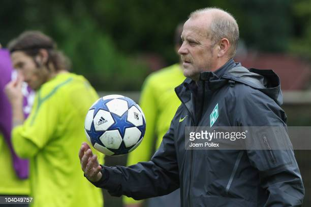 Head coach Thomas Schaaf of Bremen looks on during the Werder Bremen training session on training ground ahead of Bremens Champion's League...