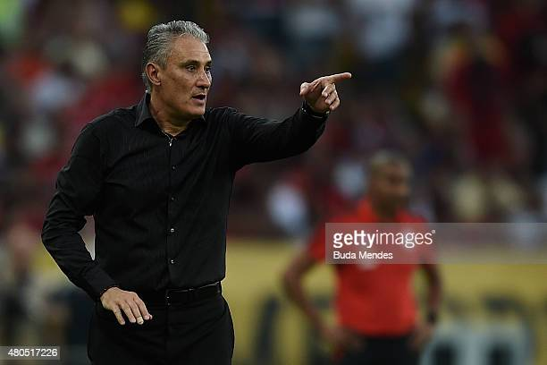 Head coach Tite of Corinthians gestures during a match between Flamengo and Corinthians as part of Brasileirao Series A 2015 at Maracana Stadium on...