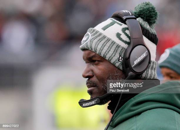 Head coach Todd Bowles of the New York Jets coaches in an NFL football game against the Los Angeles Chargers on December 24 2017 at MetLife Stadium...