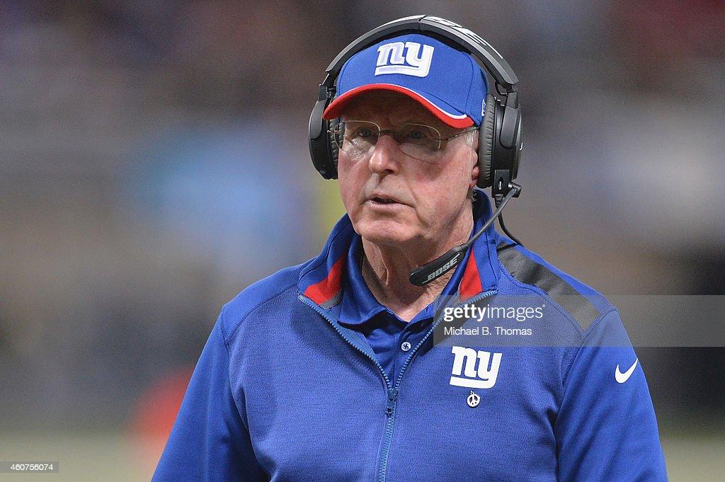 New York Giants v  St. Louis Rams : News Photo