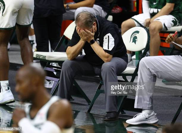 Head coach Tom Izzo of the Michigan State Spartans reacts in the second half of the game against the Western Michigan Broncos at Breslin Center on...