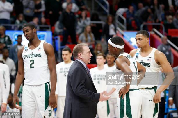 Head Coach Tom Izzo of the Michigan State Spartans talks with G Cassius Winston of the Michigan State Spartans during the NCAA Division I Men's...
