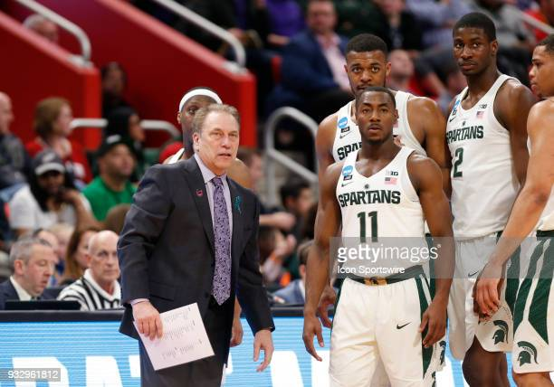 Head Coach Tom Izzo of the Michigan State Spartans talks with G Lourawls Nairn of the Michigan State Spartans during the NCAA Division I Men's...