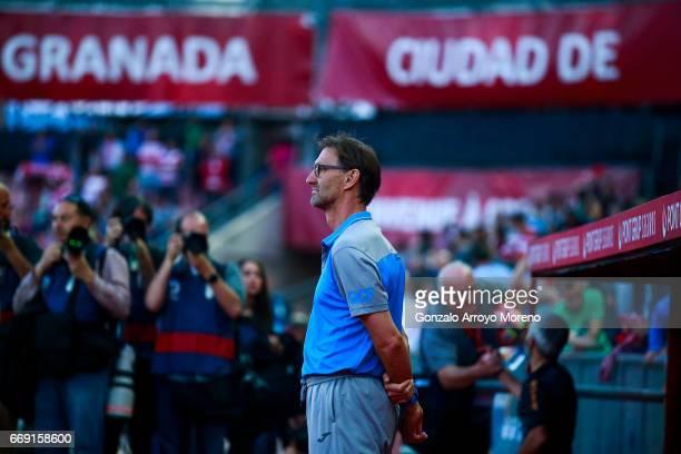 Head coach Tony Adams of Granada CF stands ahead the bench prior to start the La Liga match between Granada CF and Real Club Celta de Vigo at Estadio...