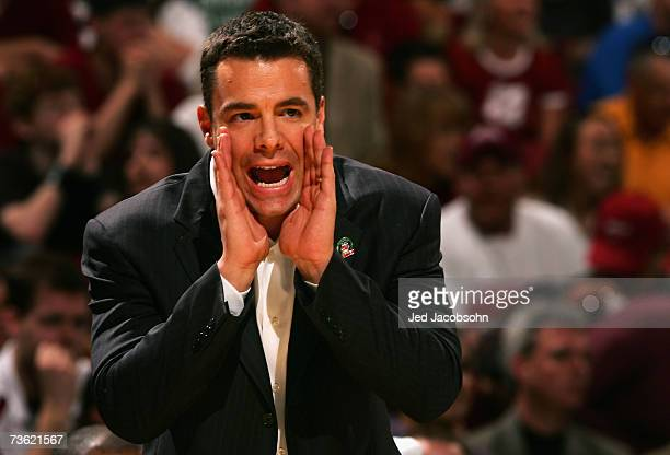 Head coach Tony Bennett of the Washington State Cougars reacts during the round two game of the NCAA Men's Basketball Tournament against the...