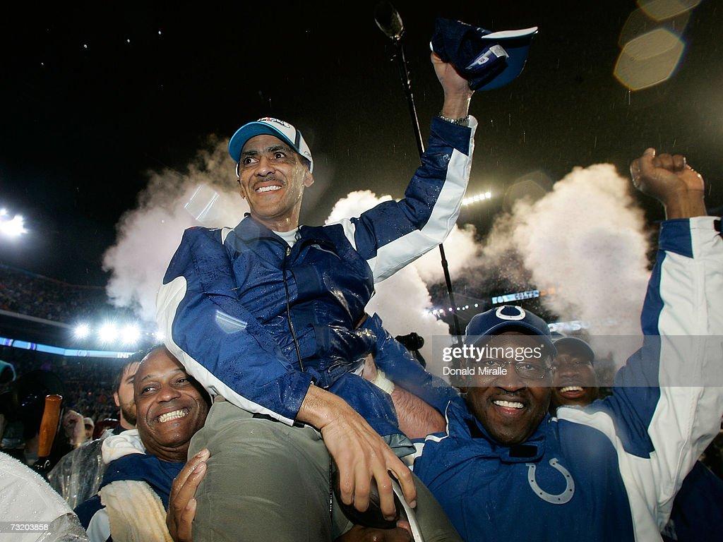 Super Bowl XLI: Indianapolis Colts v Chicago Bears : News Photo