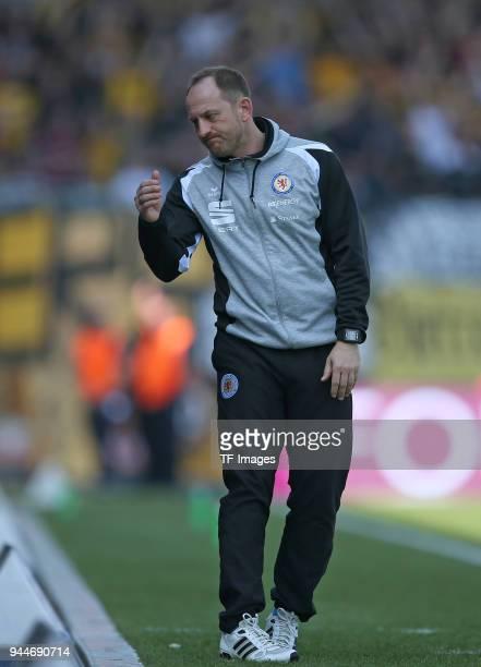Head coach Torsten Lieberknecht of Eintracht Braunschweig gestures during the Second Bundesliga match between Eintracht Braunschweig and SG Dynamo...