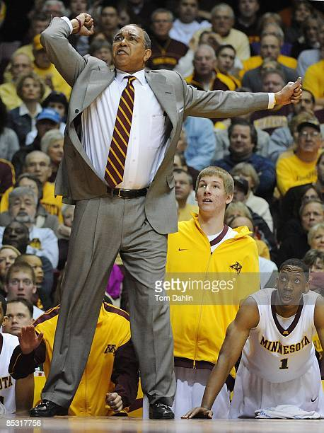 Head coach Tubby Smith of the Minnesota Golden Gophers gestures to his players during an NCAA game against the University of Michigan Wolverines on...