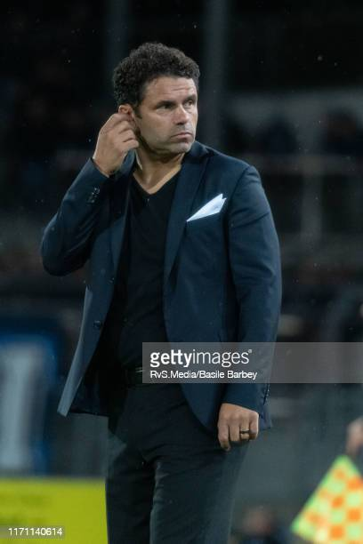 Head Coach Uli Forte of Grasshopper Club Zurich looks dejected after the Challenge League game between FC Lausanne-Sport and Grasshopper Club Zurich...