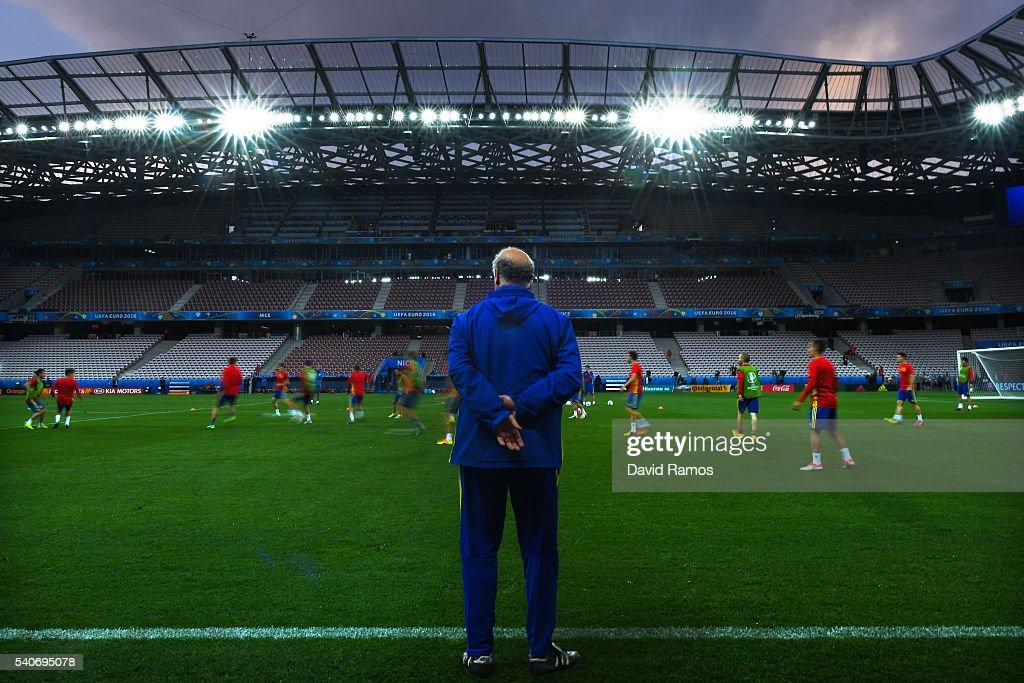Spain Training Session - UEFA Euro 2016