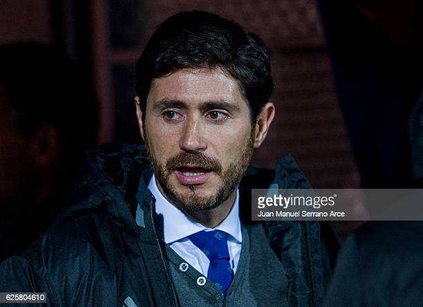 Head coach Victor Sanchez del Amo of Real Betis looks on prior to the start the La Liga match between SD Eibar and Real Betis Balompie at Ipurua...