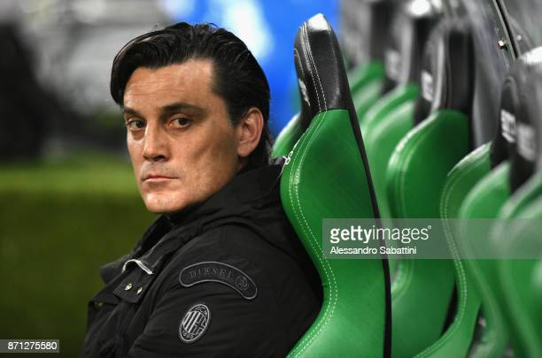 head coach Vincenzo Montella of AC Milan looks on before the Serie A match between US Sassuolo and AC Milan at Mapei Stadium Citta' del Tricolore on...