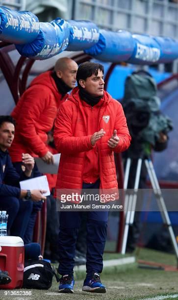 Head coach Vincenzo Montella of Sevilla FC reacts during the La Liga match between SD Eibar and Sevilla FC at Ipurua Municipal Stadium on February 3...