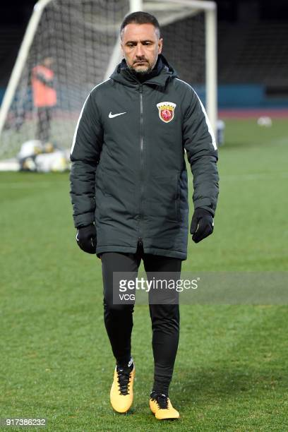 Head Coach Vitor Pereira of Shanghai SIPG attends a training session ahead of the 2018 AFC Champions League Group F match between Kawasaki Frontale...