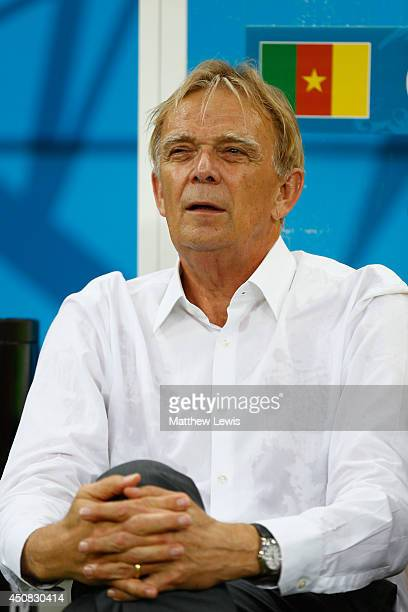 Head coach Volker Finke of Cameroon looks on during the 2014 FIFA World Cup Brazil Group A match between Cameroon and Croatia at Arena Amazonia on...