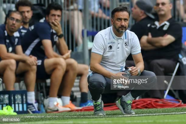 Head coach Vítor Pereira of 1860 Munich looks on during the Second Bundesliga Playoff second leg match between TSV 1860 Muenchen and Jahn Regensburg...