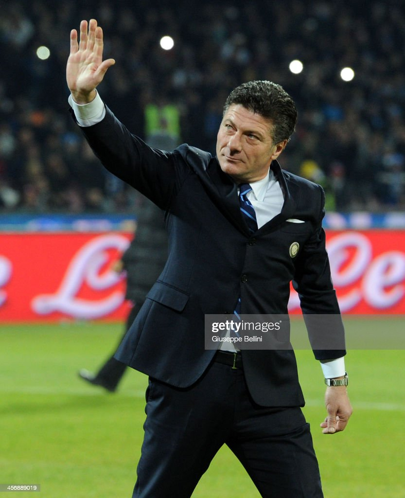 Head coach Walter Mazzarri of Inter is seen before the Serie A match between SSC Napoli vs FC Internazionale Milano at Stadio San Paolo on December 15, 2013 in Naples, Italy.