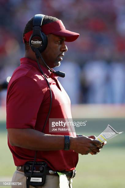 Head coach Willie Taggart of the Florida State Seminoles looks on against the Louisville Cardinals in the third quarter of the game at Cardinal...