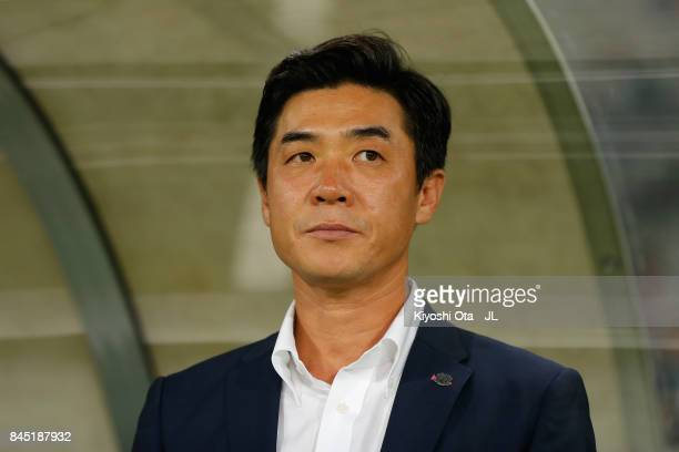 Head coach Yoon Jung Hwan of Cerezo Osaka looks on prior to the JLeague J1 match between FC Tokyo and Cerezo Osaka at Ajinomoto Stadium on September...