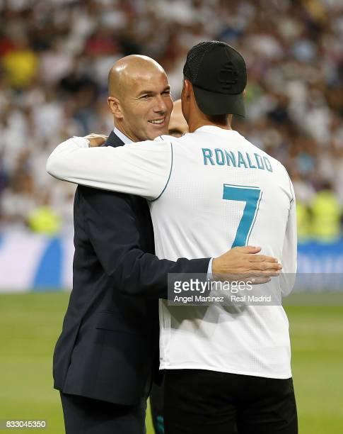 Head coach Zinedine Zidane and Cristiano Ronaldo of Real Madrid celebrate after the Supercopa de Espana Final second leg match between Real Madrid...