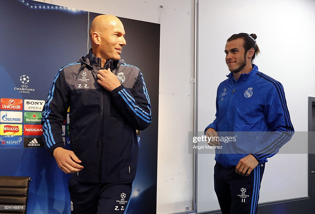 Head coach Zinedine Zidane (L) and Gareth Bale of Real Madrid attend a press conference ahead of the UEFA Champions League Semi Final match between Manchester City FC and Real Madrid at the Etihad Stadium on April 25, 2016 in Manchester, United Kingdom.