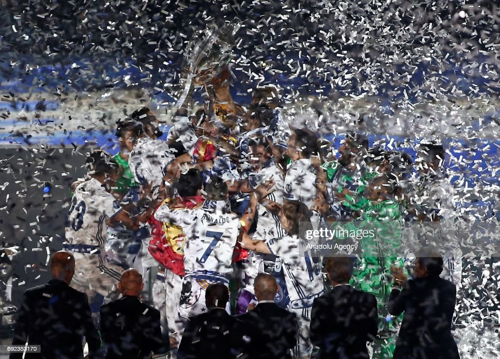 Real Madrid celebrates UEFA Champions League victory : News Photo
