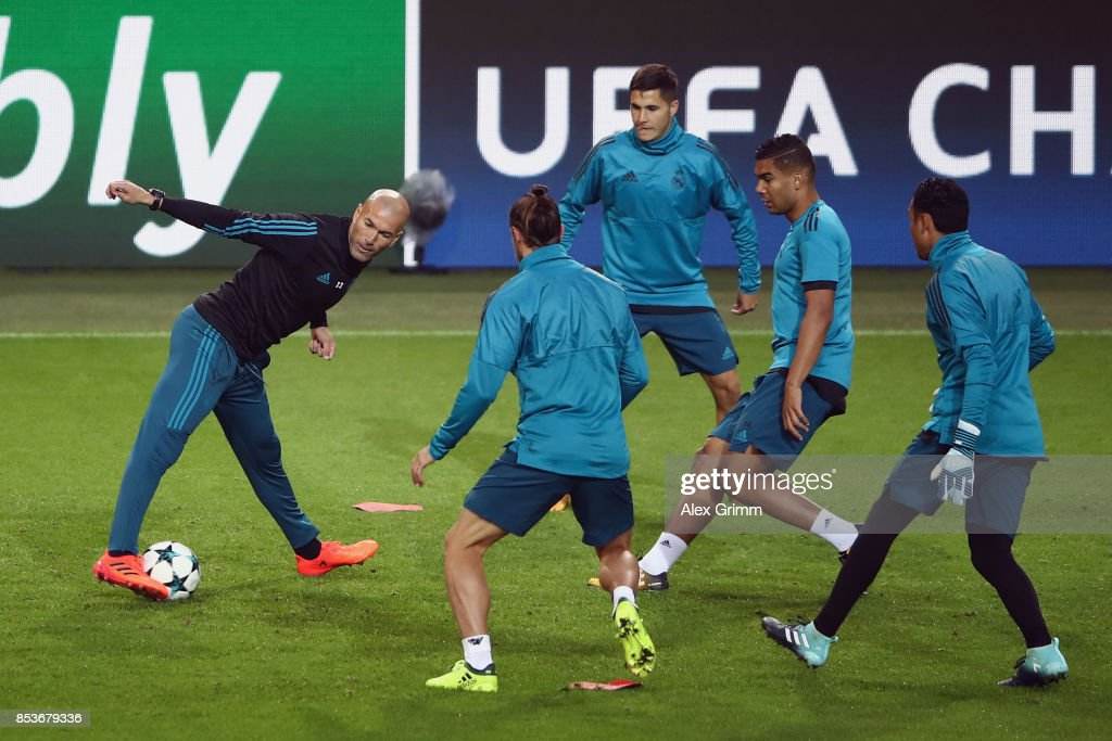 Head coach Zinedine Zidane attends a Real Madrid training session ahead of their UEFA Champions League Group H match against Borussia Dortmund at Signal Iduna Park on September 25, 2017 in Dortmund, Germany.