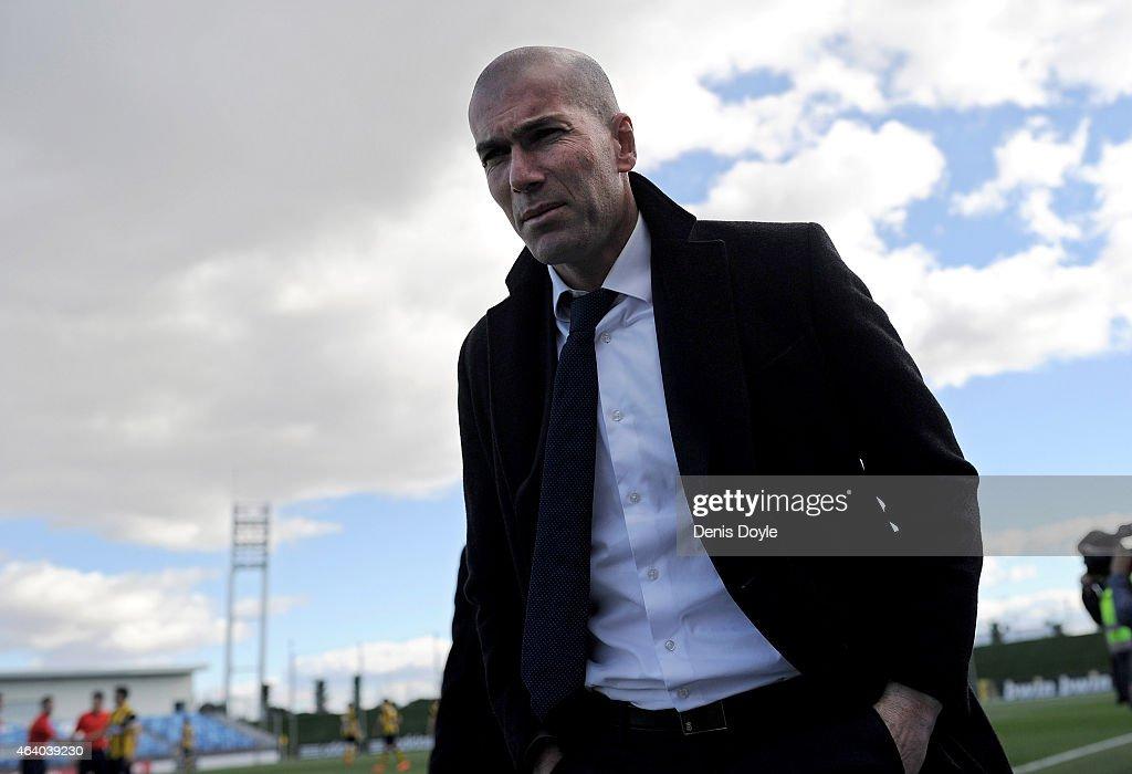 Head coach Zinedine Zidane of Real Madrid Castilla looks on during the Segunda Division B match between Real Madrid Castilla v Barakaldo CF at estadio Alfredo Di Stefano on February 21, 2015 in Madrid, Spain.