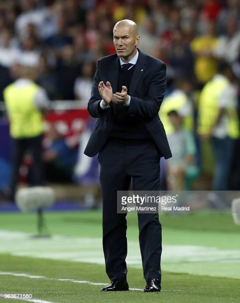 Head coach Zinedine Zidane of Real Madrid gestures during the UEFA Champions League Final between Real Madrid and Liverpool at NSC Olimpiyskiy...
