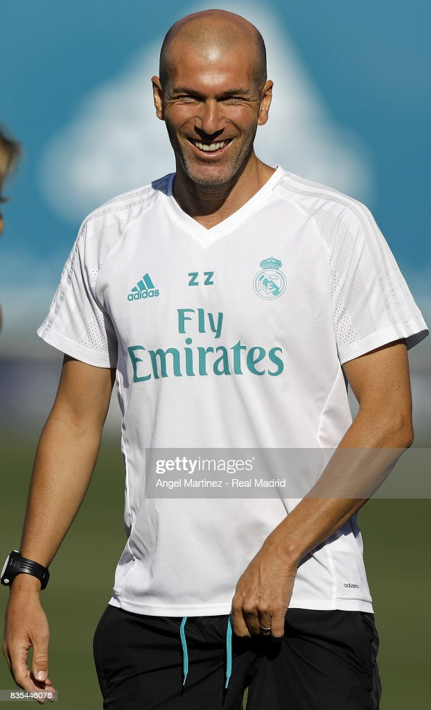 Head coach Zinedine Zidane of Real Madrid looks on during a training session at Valdebebas training ground on August 19, 2017 in Madrid, Spain.