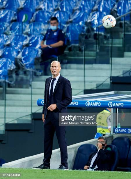 Head coach Zinedine Zidane of Real Madrid looks on during the La Liga Santander match between Real Sociedad and Real Madrid at Estadio Anoeta on...