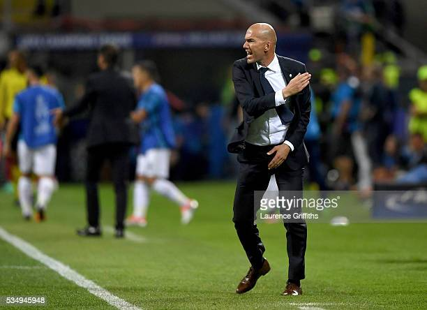 Head coach Zinedine Zidane of Real Madrid shows his anger during the UEFA Champions League Final match between Real Madrid and Club Atletico de...