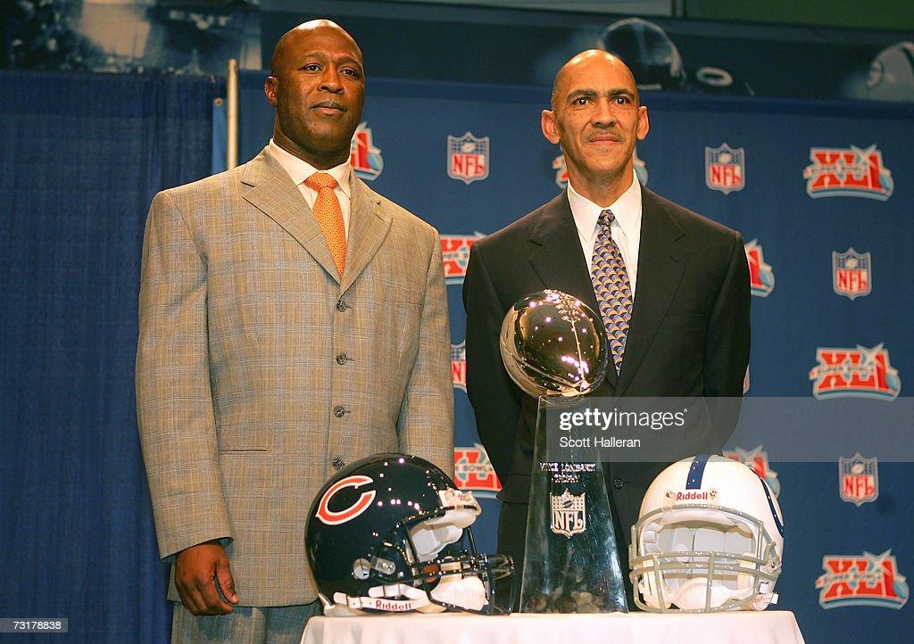 Super Bowl Coach's Press Conference : News Photo