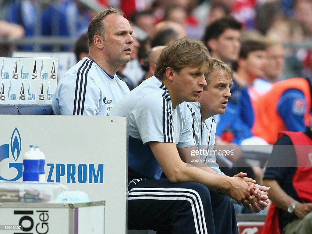 FC Schalke 04 v Karlsruher SC - Bundesliga : News Photo