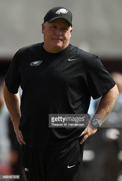 Head coah Chip Kelly of the Philadelphia Eagles looks on while his team warms up prior to playing the San Francisco 49ers at Levi's Stadium on...