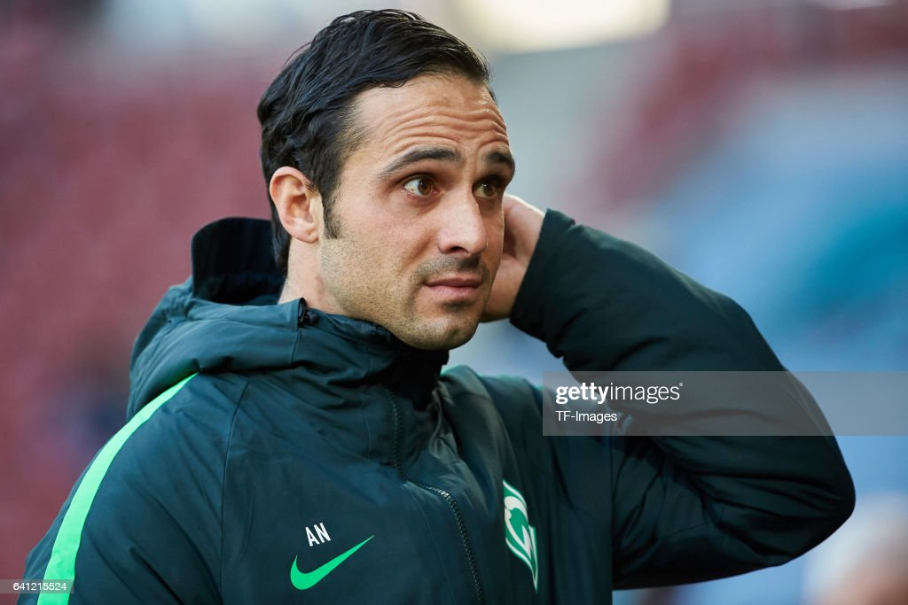 Head couch Alexander Nouri of Bremen looks on during the Band esliga match between FC Augsburg and Werder Bremen at WWK Arena on February 5, 2017 in Augsburg, Germany.