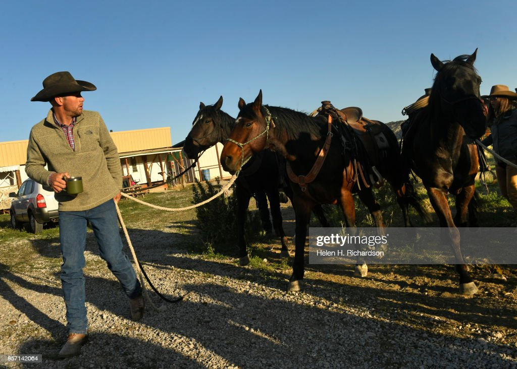 The Maybell Horse Drive by Sombrero Ranch : News Photo