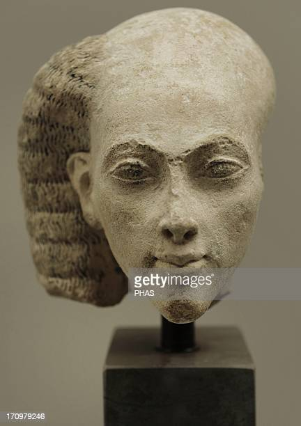 Head from a statuette of a princess Limestone Probably from elAmarna Egypt Amarna Period c 13651347 BC Ny Carlsberg Glyptotek Copenhagen Denmark