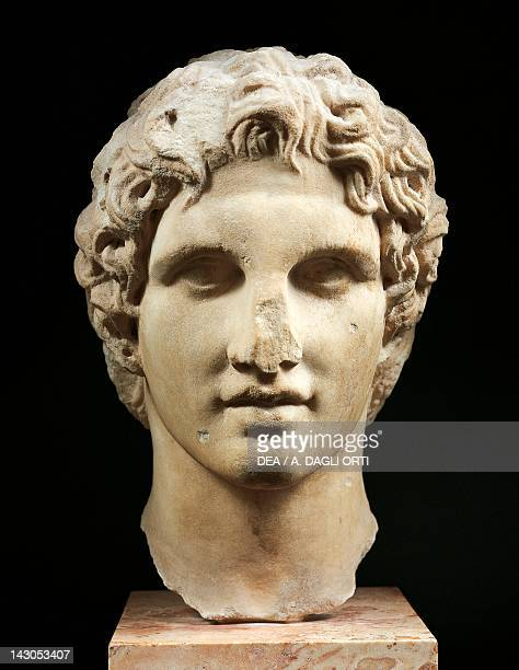 Head of Alexander Hellenistic sculpture in Pentelic marble Greece Greek civilization 1st Century BC Athens Moussío
