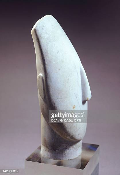 Head of an idol in marble from the island of Amorgos Greece 355 cm high Cycladic civilization 35001050 BC Paris Musée Du Louvre