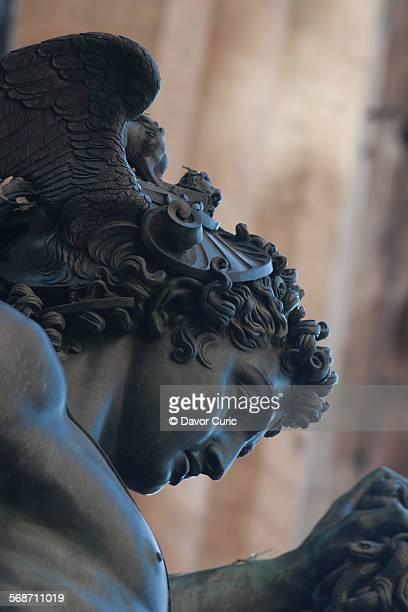 head of perseus - シニョーリア広場 ストックフォトと画像