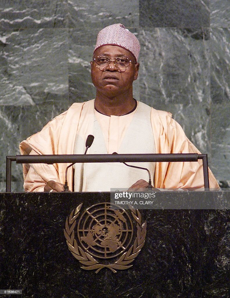 Head of State Abdulsalami Abubakar of Nigeria addr : News Photo