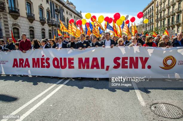 Head of the demonstration with the slogan 'Now more than ever common sense' Tens of thousands of pro Spain demonstrators took to the street of...